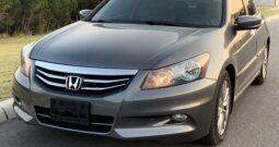 2012 Honda Accord EX-leather with Nav